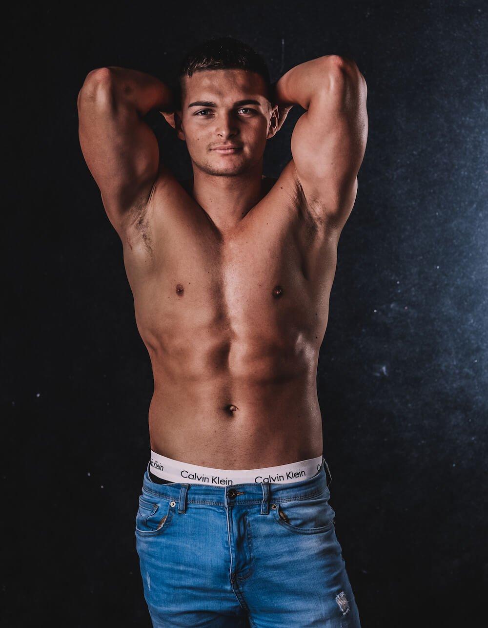 Topless Hunk Henri